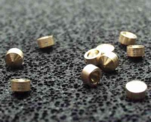 "Pouzdro hrotové ""TT"" 2x1,4-1,4 (průměr 2mm, délka 1,4mm, otvor 1,4mm)"